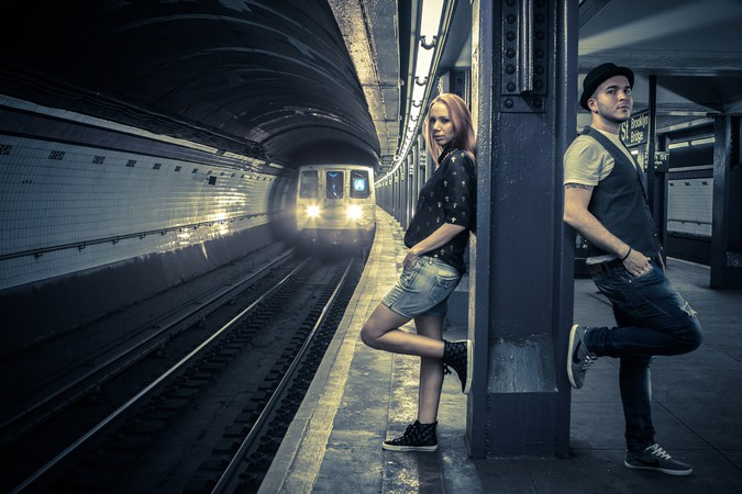 Colombian Duet Siam Exploring Iconic NYC